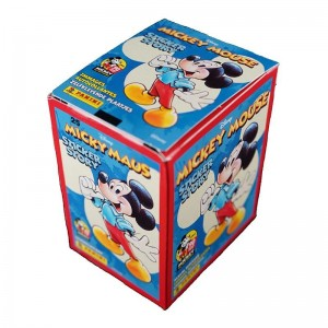 BOITE 50 POCHETTES -STICKERS+CARTES- MICKEY MOUSE 90 YEARS